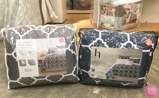 Reversible 4-Piece Comforter Sets ANY Size ONLY $25 at JCPenney - Black Friday Price!