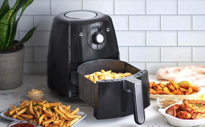 Cooks 3.7-Quart Air Fryer for ONLY $44.99 at JCPenney (Regularly $140)