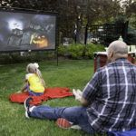 camp-chef-outdoor-movie-screen