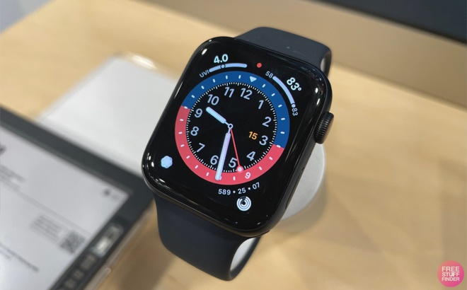 Apple Watch Series 6 JUST $339 Shipped
